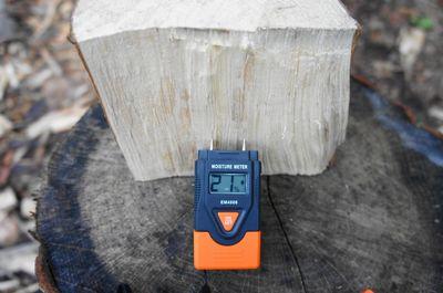20110807moistureMeter.jpg