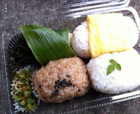 稲刈り用の弁当2