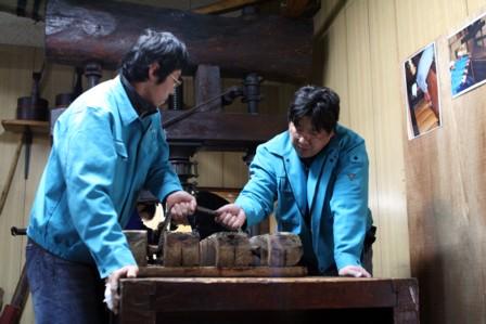 富士玄米黒酢の搾り8