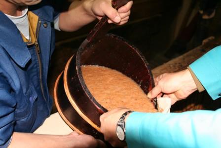 梨酒の搾り作業6