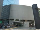 新宿コズミックセンター前