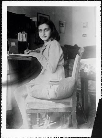 Anne Frank 12
