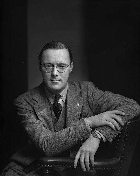 Prince_Bernhard_1942 01