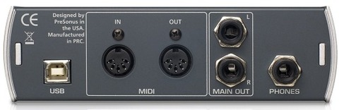 AudioBox 22VSLリアパネル