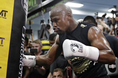 フロイド・メイウェザーがボクシングのリング上でならばヌルマゴメドフとの対戦は「起こる」と断言