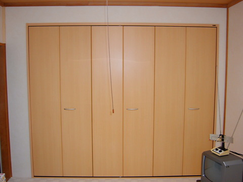 001南幌町「中川邸」クローゼットドア改修工事