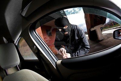 8654440-robber-and-the-thief-hijacks-the-car