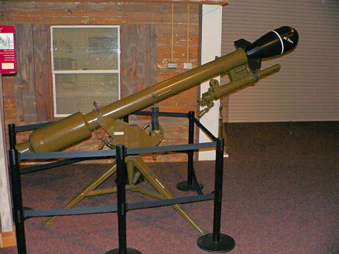 Recoilless_gun_155mm_Davy_Crockett1