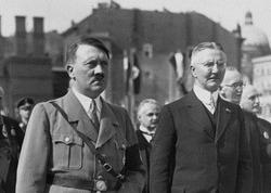 Hitler20Schacht