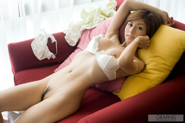 女優049