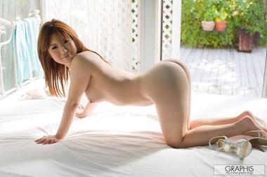 女優027