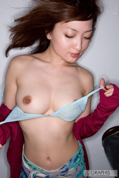 女優009