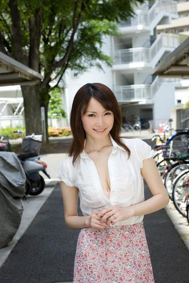 女優021