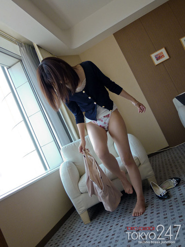 女優012