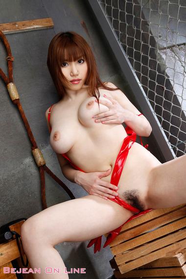 女優015