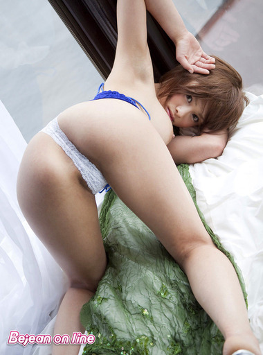 女優032