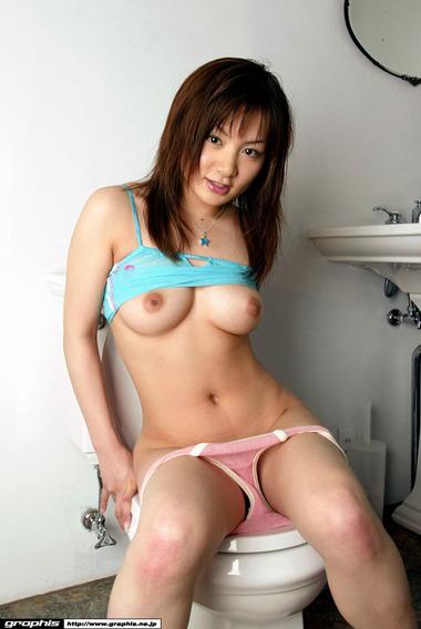 女優001