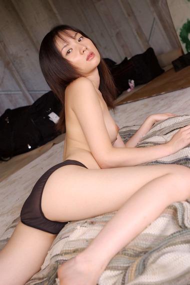 女優022