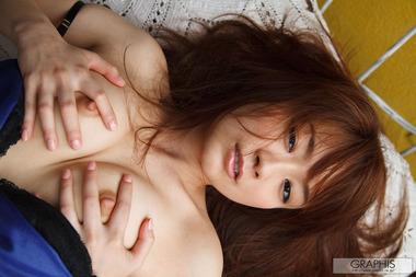 女優024
