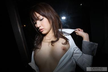 女優033