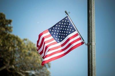 【社会】米の「スーパーリッチ」な18人、自らに富裕税を課すよう大統領選候補者に要望