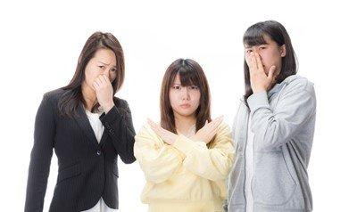 【衝撃】ワイフリーター31「バーカ、無理すんなって」頭ポンポン 女子大生「え゛っ!?」