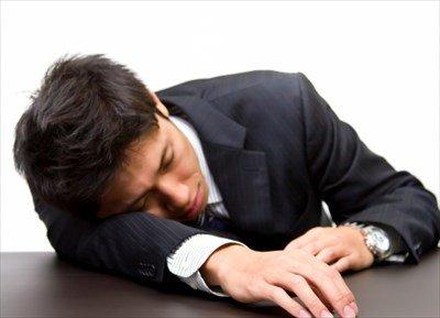 【悲報】妻と離婚しそうで不安で眠れない・・・・
