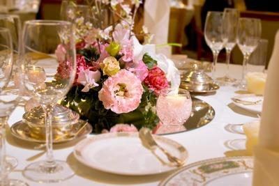 「結婚式」とかいう3万円で他人の成功を見せつけられる苦行wwwwww