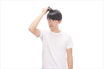 【閲覧注意】最近ハゲてきたのでシャンプーをして抜けた毛の本数を数えた結果wwwwwww