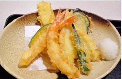 【衝撃】天ぷら職人「店に出す天ぷら揚げるのに10年は修行しないとダメ」