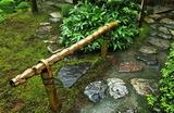 23----亀甲竹の茶室への止め