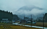 11---宿前から見た雪の降り始め