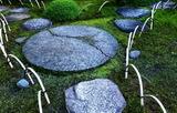 03----庭の飛び石