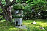 09----書院庭園の石燈篭
