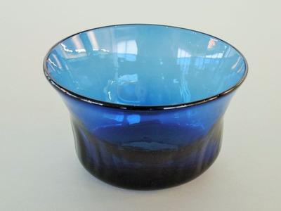 ルリ楕円小鉢