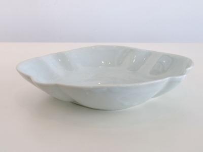 白磁木瓜型皿(中)(横)