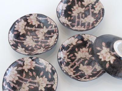 皿 黒枝桜