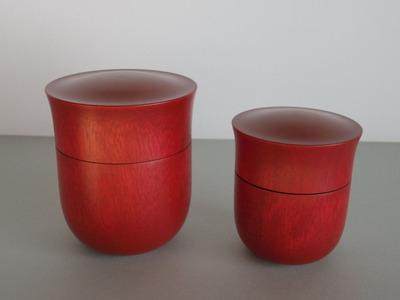 81,82茶筒(赤・大小)