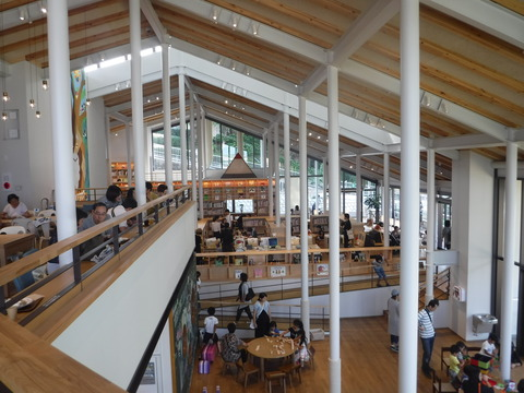 �武雄市子供図書館 2