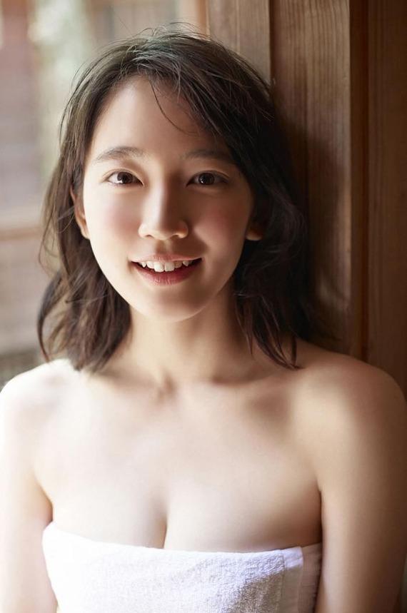 yoshioka-riho2-11