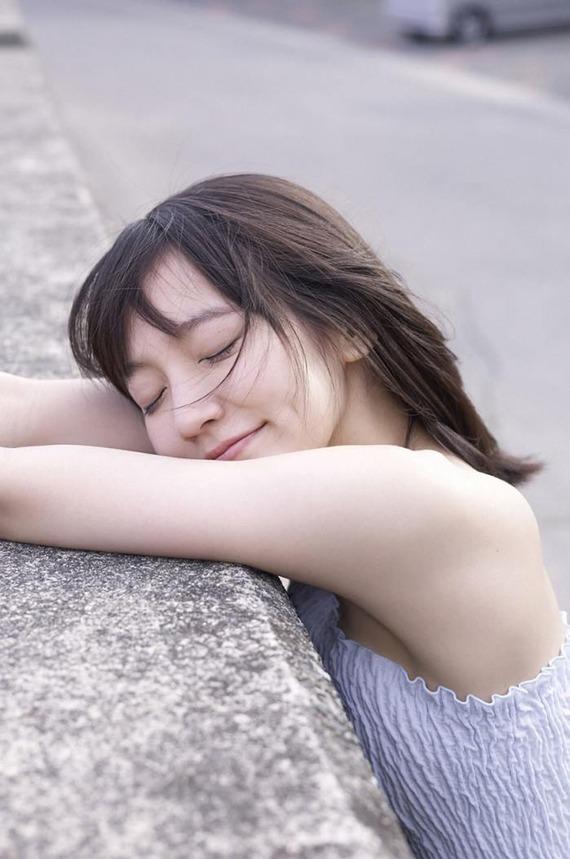 riho3-yoshioka-10