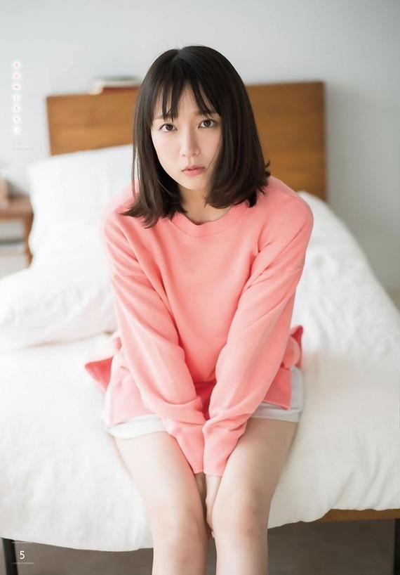 riho-yoshioka12-5