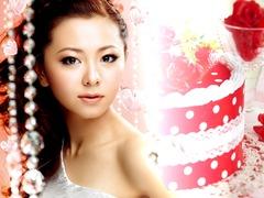 Celebratory_cake_B_Mai00001
