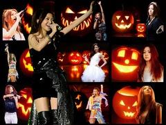 Halloween_wall02a_1024x768A
