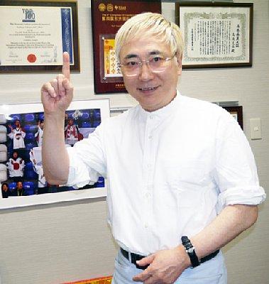 高須院長「北朝鮮の喜び組、直接見たけどありゃ整形じゃないね。本物の美人だよ」 存分に堪能した様子