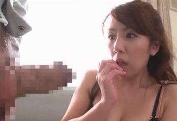 【結城みさ】デカチンを見せつけられて欲情した美熟女とガチハメ開始www
