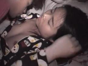 眠っているJCの妹を悪戯レイプしている動画がリアルすぎてヤバイwww