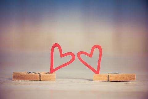 valentine-3061479_640
