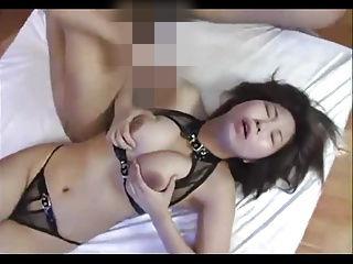 極太を貪るセクシー下着の淫乱巨乳妻!