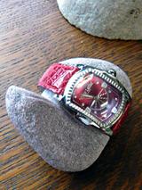 watch100203.jpg